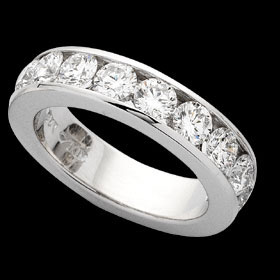 C520 - 18ct white gold channel set band ring