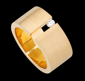 c117 - yellow gold wide band