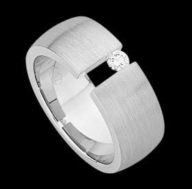 c432a - 18ct white gold emery finish