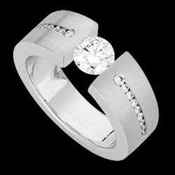 c845a---18ct-white-gold-tapered
