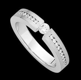 c900a - white gold ring