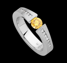 c910a - Platinum tapered ring