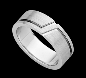 c928 - 18ct white gold gents petterened ring