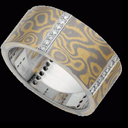 C719-–-18ct-yellow-and-white-gold-wide-Mokume-Gane