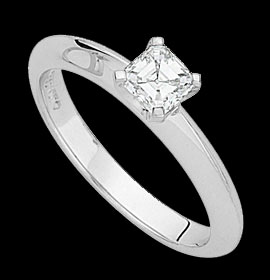 C867-–-18ct-white-gold-ring