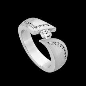 18ct white gold tension set ring